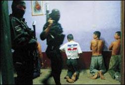 Inaudito! Bande criminali in Colombia continuano a sequestrare giovani!