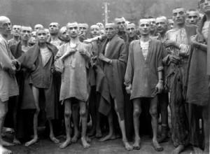 Prigionieri del lager nazisti, liberati dagli alleati alla fine della seconda guerra mondiale.