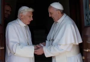 "Incontro tra i due Papi nel monastero ""Mater Ecclesiae""."
