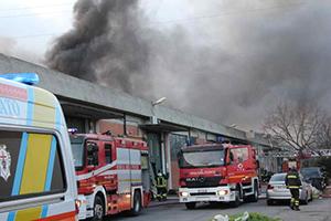 incendio-fabbrica-pratop