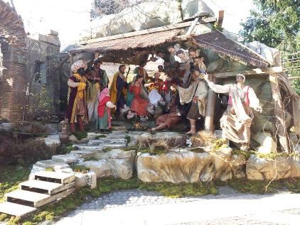 In anteprima un'immagine del Presepe in piazza San Pietro (foto Paolo Fucili)