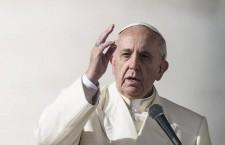 Papa Francesco: 'Con battesimo tutti noi discepoli e missionari'