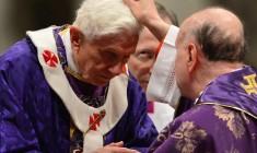 Quell'applauso infinito a Benedetto XVI