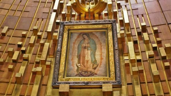Oggi l'anniversario della prima apparizione: entriamo nei 'misteri della Madonna di Guadalupe!'