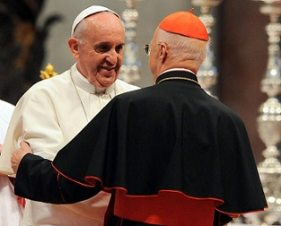 Papa-Francesco-con-il-cardinale-Angelo-Bagnasco - Copia