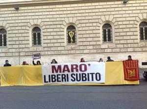 Manifestazione a Roma per i Marò.