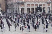 Roma: le Sentinelle in piedi, a piazza del Pantheon vegliano per la libertà
