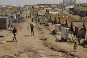 Campo profughi per sfollati siriani.