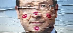 Caricatura sul presidente della Francia, Hollande.