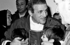 I bellissimi auguri di Don Tonino Bello per una Pasqua scomoda…