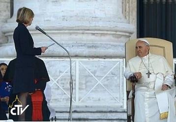 Papst Franziskus (IHS) als Führer der Weltreligion BnSJCqQIUAAxUBk