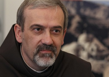 FRANCISCAN FATHER PIZZABALLA ATTENDS DISCUSSION ON CHRISTIAN-MUSLIM COEXISTENCE