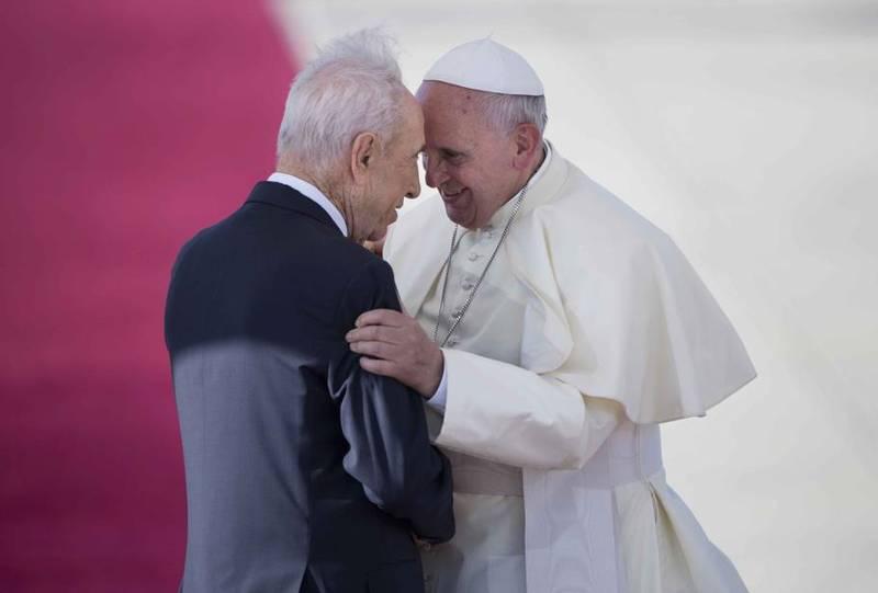 Papa Francesco con Shimon Peres