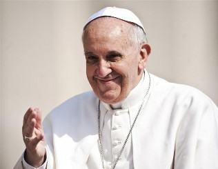 Papa Francesco: ai Sardi, 'Non mi dimentico di voi', ai Campani, 'Saluto alla Terra dei Fuochi'