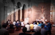 PAPABOYS Essere un 'giovane del Papa': tra utopia ed ideologia