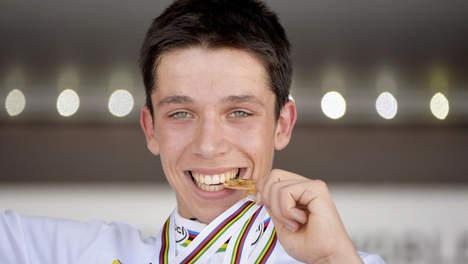 Una preghiera per Igor, 18 anni campione forte, ma giovane debole, che si è tolto la vita