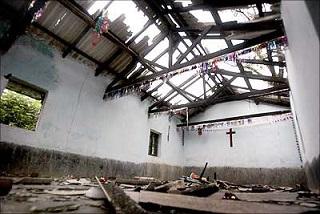 INDIA_-_chiesa_bruciata_per_articolo