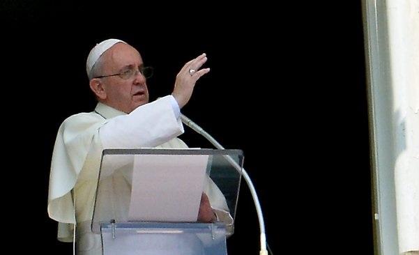 684265-vatican-pope-angelus-syria
