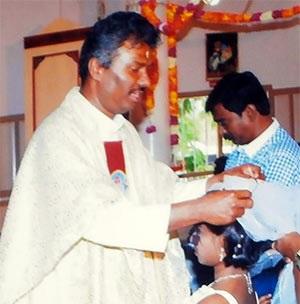 Afghanistan, il gesuita indiano rapito è vivo e al sicuro