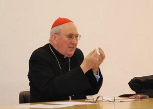 Il cardinale Vallini: rilanciare l'iniziazione cristiana