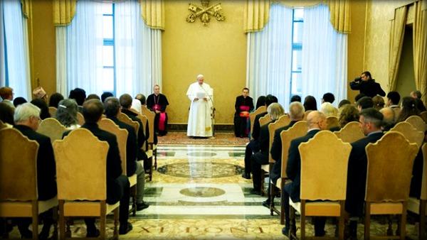 Papa Francesco: abolire pena di morte, no a carcere disumano
