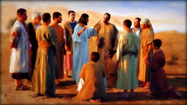 In quel tempo, il Signore designò altri settantadue e li inviò a due a due davanti a sé in ogni città e luogo dove stava per recarsi. Diceva loro: «La messe è abbondante, ma sono pochi gli operai!