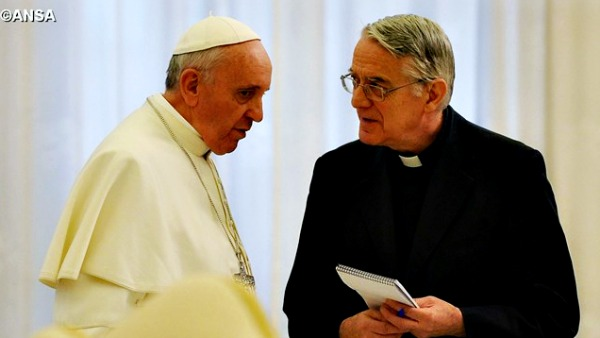 Sinodo. P. Lombardi: Francesco sempre sereno, suo merito trasparenza e libertà