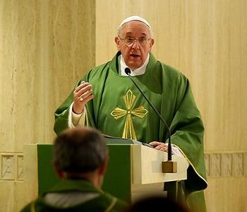 Papa Francesco: il diavolo non è un mito, va combattuto con l'arma della verità
