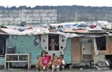 Anno dei Poveri nelle Filippine piagate dalla miseria