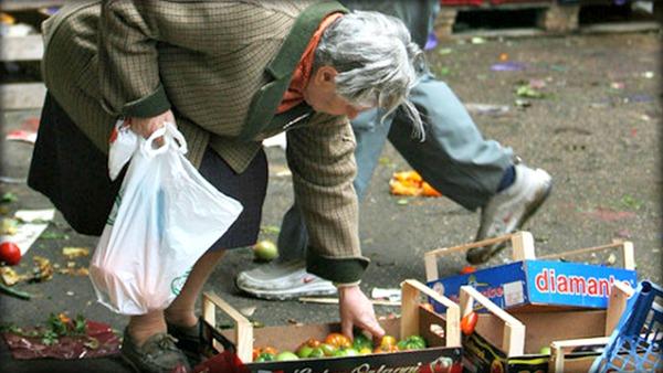 Un italiano su quattro a rischio povertà