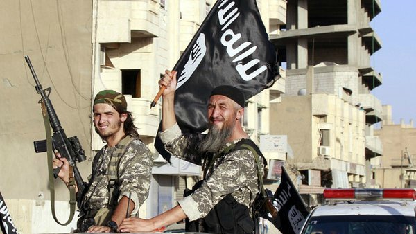 Siria: cristiani di Raqqa devono a pagare all'Is ''tassa di protezione''