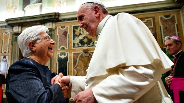 Papa Francesco a vescovi amici Focolari: globalizzare la fraternità