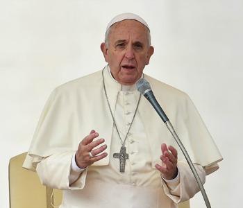 Papa Francesco al G20: il mondo soffre, no discussioni a vuoto