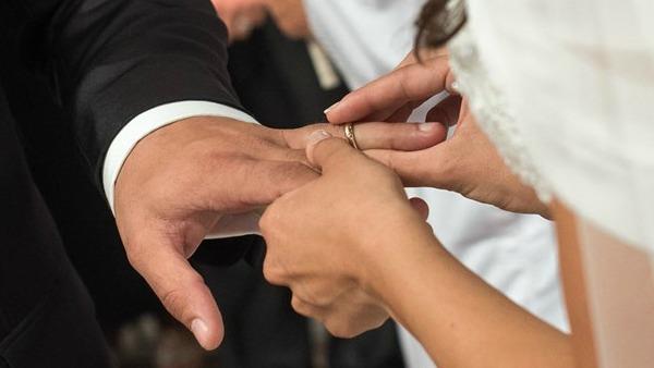 Matrimoni in calo, civili superano religiosi al Nord e al Centro