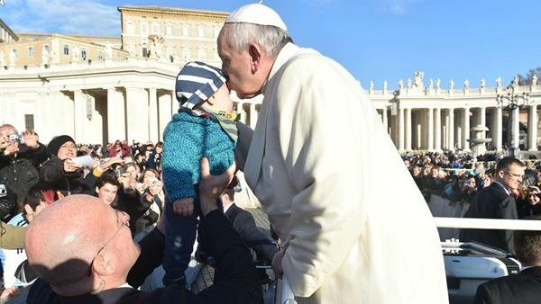 Papa Francesco completa Commissione tutela minori. Lombardi: buona notizia
