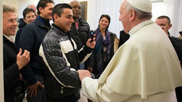 Papa Francesco ai detenuti di Latina: il carcere sia occasione di crescita