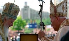 Rivoluzione romena: 25 anni fa l'appello di Giovanni Paolo II