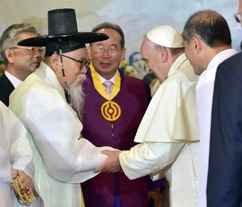 Gli Auguri di Papa Francesco ai coreani