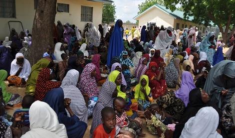Nigeria: nelle parrocchie 5.000 sfollati in fuga da Boko Haram