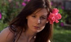 """Sarah Maestri """"La bambina dai fiori di carta"""" Intervista di Rita Sberna"""
