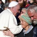 I regali al Papa: tango e girasoli