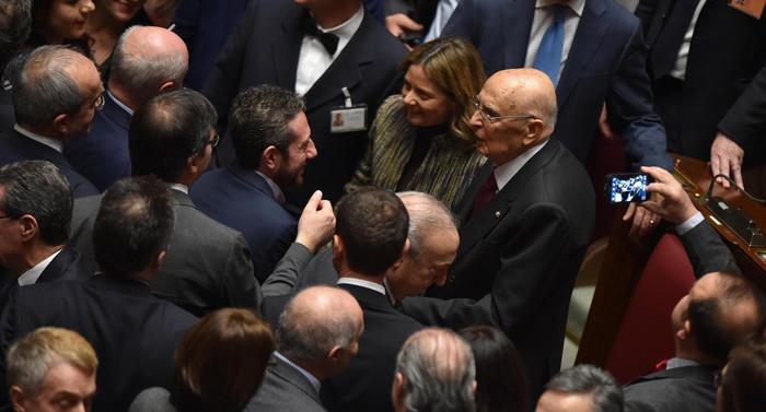 ++ Quirinale: lungo applauso per Napolitano ++