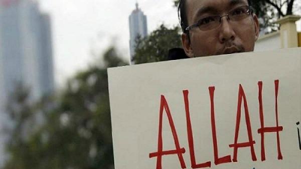 Malaysia: confermato divieto a cristiani di usare la parola Allah