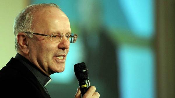 Mons. Galantino: c'è dittatura pensiero unico