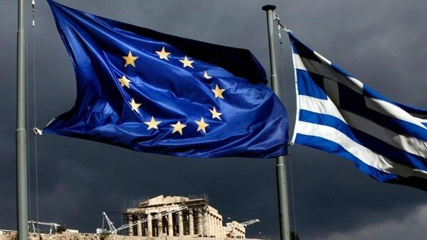 Grecia fuori dall'euro, timori e smentite