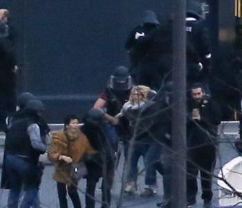 Doppio blitz a Parigi e Dammartin Uccisi i tre killer, liberati gli ostaggi