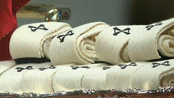 Mons. Marini: modifica consegna del pallio arricchisce comunione
