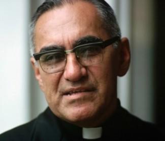 Mons. Romero martire: difese i poveri senza smettere di amare i ricchi