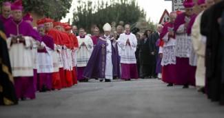 S. Messa della Ceneri di Papa Francesco Basilica di S. Sabina Mercoledì 18 febbraio 2015 @ Basilica S. Sabina  | Roma | Lazio | Italia