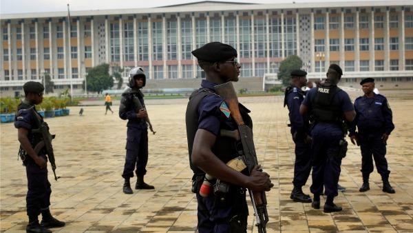 Congo: Il governo garantisca la libertà di stampa. Chiusa la TV cattolica di Kinshasa